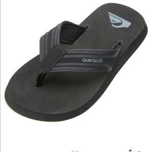 Quicksilver Boys flip flops